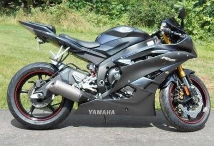 Yamaha YZFR6V (C) Owners Manual